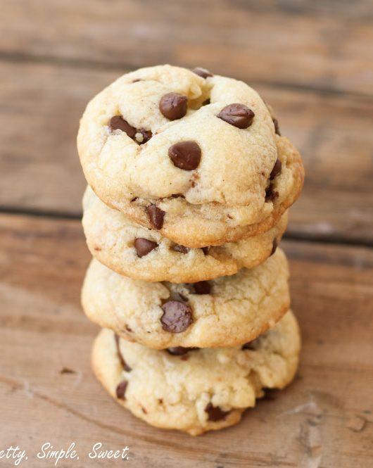 Soft Vanilla Pudding Chocolate Chip Cookies | prettysimplesweet.com