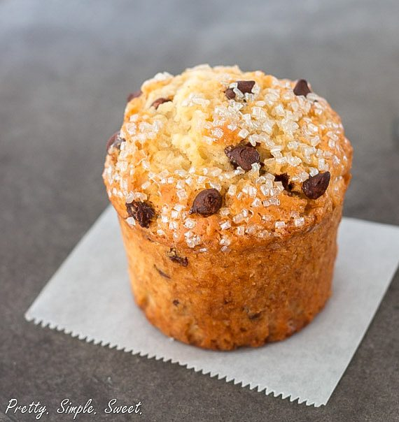 Bakery-Style Chocolate Chip Muffins | prettysimplesweet.com
