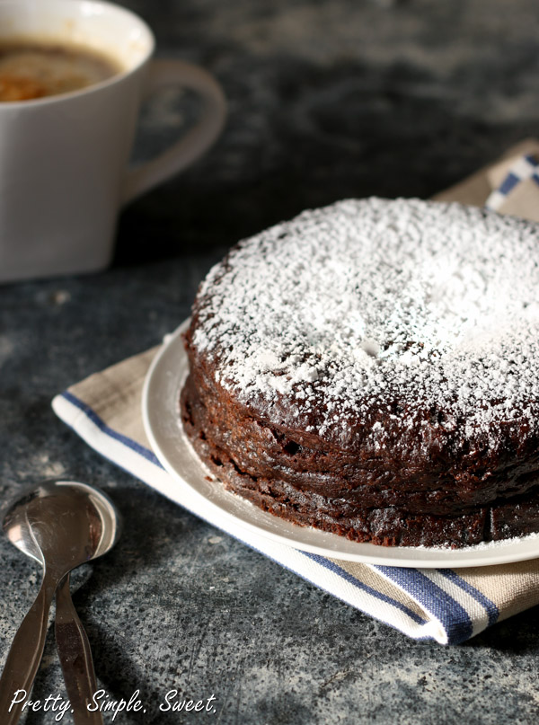 The ultimate flourless chocolate cake – fudgy and rich with only 5 ingredients!