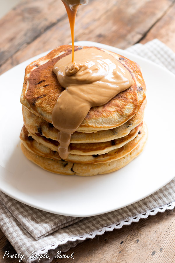 Melted Chocolate And Banana Pancakes
