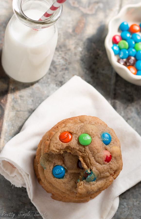 M&M Cookies (6)