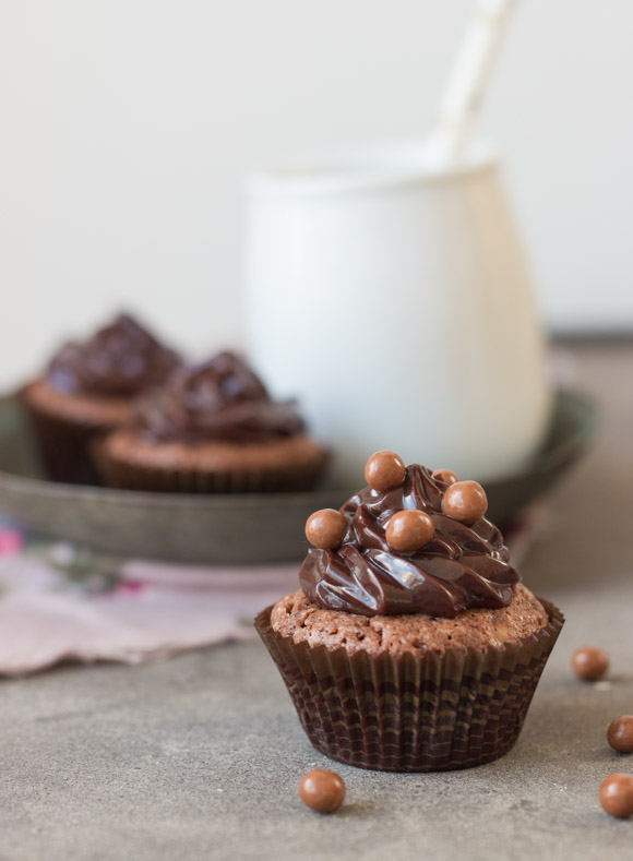 Chocolate Brownie Cupcakes With Chocolate Ganache Frosting