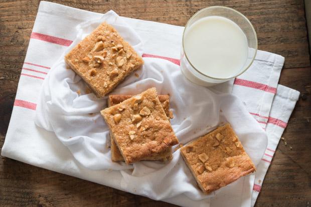 Peanut Butter Blondies (3)