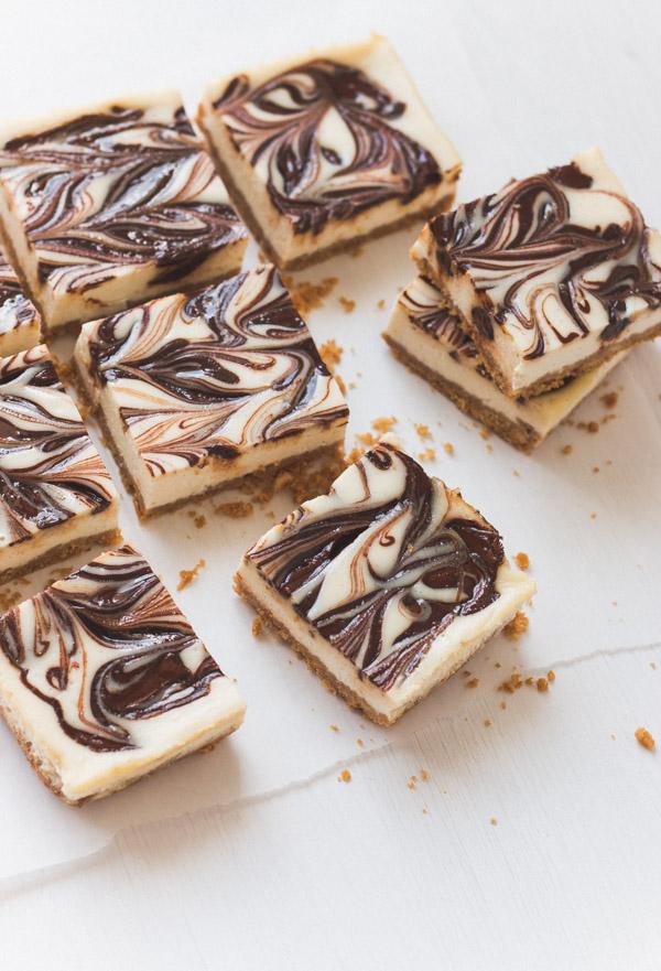 Nutella Swirl Cheesecake | prettysimplesweet.com