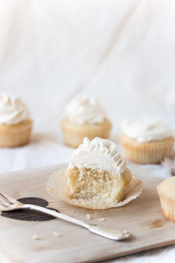 fluffy vanilla cupcake bite