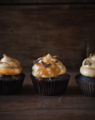Chocolate Peanut Butter Cupcakes | Pretty. Simple. Sweet.