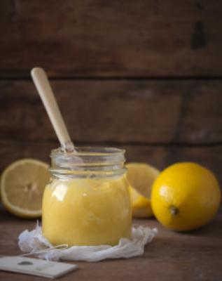 Homemade Lemon Curd | prettysimplesweet.com