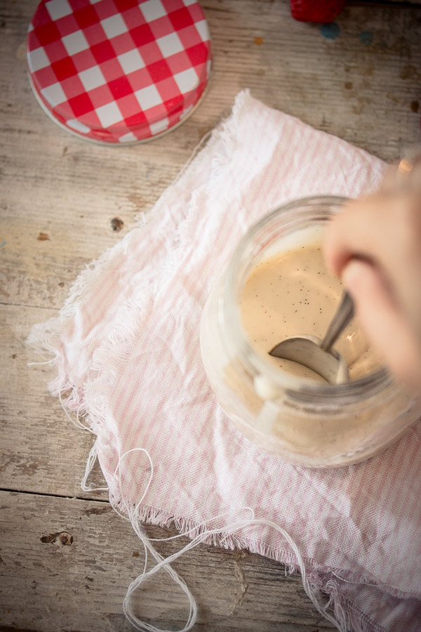Easy 3-ingredient vanilla sauce | prettysimplesweet.com