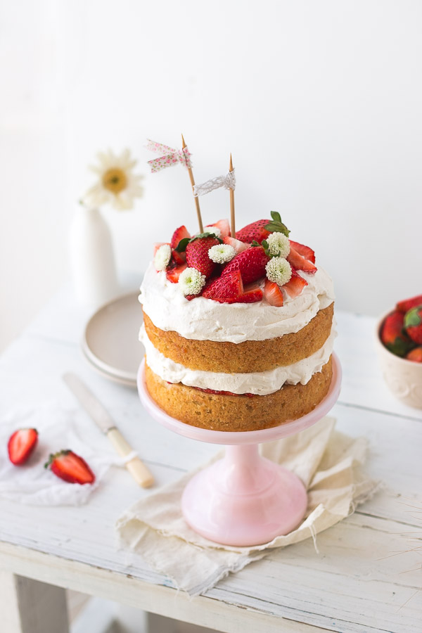 ... cake, soft whipped cream, and fresh strawberries | prettysimplesweet