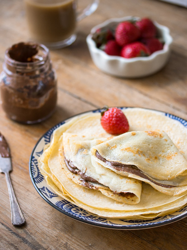 Basic Crepes Recipe | prettysimplesweet.com