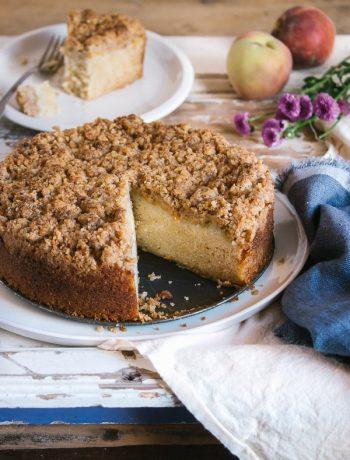 Peach Crumb Cake | prettysimplesweet.com