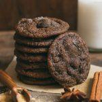 Chewy Gooey Chocolate Ginger Cookies | prettysimplesweet.com