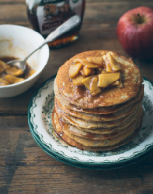 Apple cinnamon pancakes topped with buttery, tender apple pieces | prettysimplesweet.com