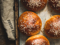 Hamburger Buns (with dairy-free option)