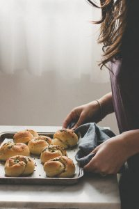 Soft and fluffy garlic knots #buns #bread