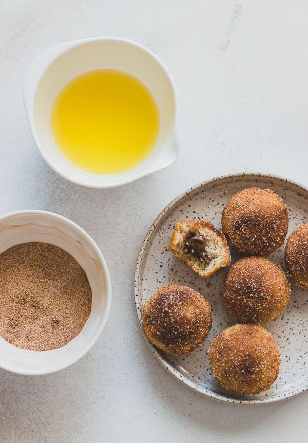 Nutella-Stuffed Cinnamon Sugar Muffins