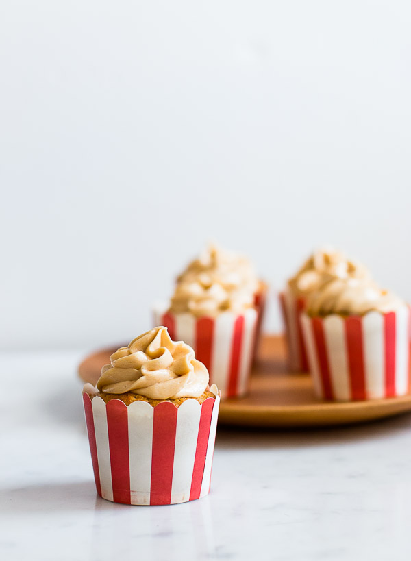 AMAZING Apple Toffee Cupcakes