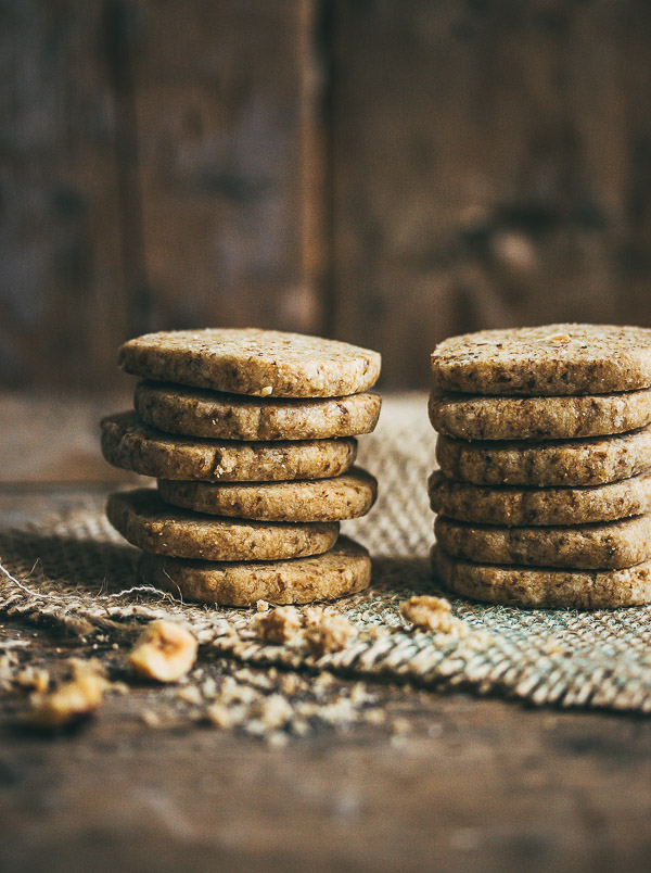 Coffee Nut Shortbread Cookies - Pretty. Simple. Sweet.